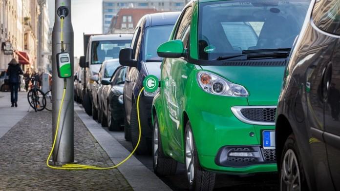 Polonia investește masiv în mașinile electrice