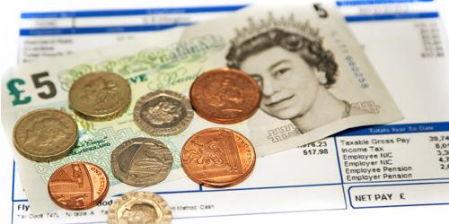 Salariile scad in Marea Britanie