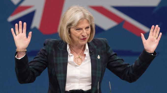 Astfel vrea guvernul Theresei May să atenueze șocul provocat de Brexit