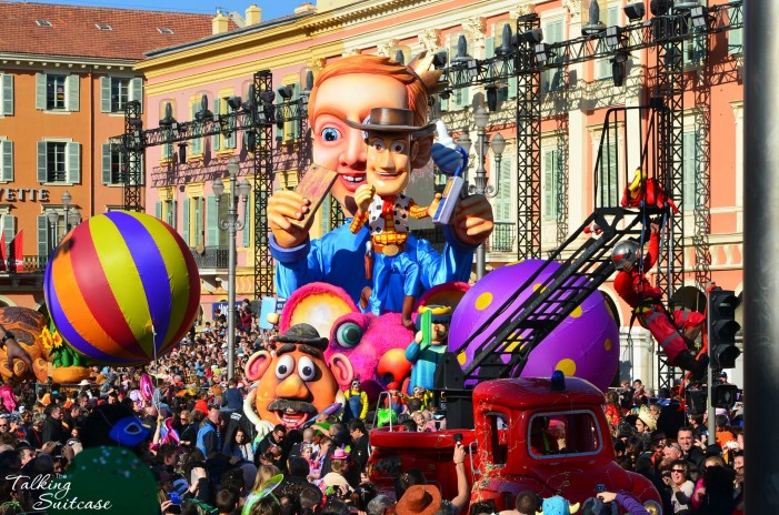 nice-carnival-parade-toy-story-float-701x464