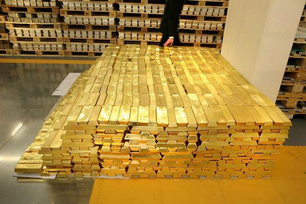 Confruntare între titanii finanțelor pentru piața aurului din Londra
