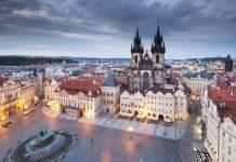 Eximtur a vândut vacanţe pe vouchere de 1 milion de euro în 2016