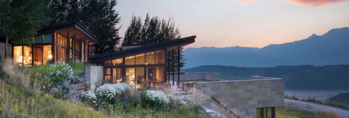 Luxury Living: Homes in harmony with nature