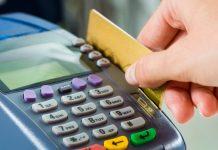 De la 1 ianuarie 2017 a intrat în vigoare Legea nr. 209/2016, care obligă toţi comercianţii cu o cifră de afaceri anuală mai mare de 10.000 euro să accepte cardul la plată