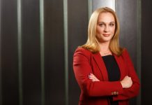 Carmen Adamescu, Partener EY Romania