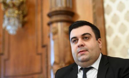 Ministrul Transporturilor , Răzvan Cuc