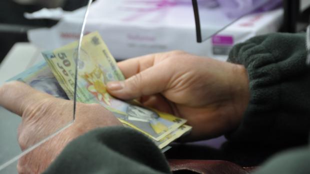 Guvernul a prelungit termenul până la care se pot achita retroactiv contribuțiile la pensii